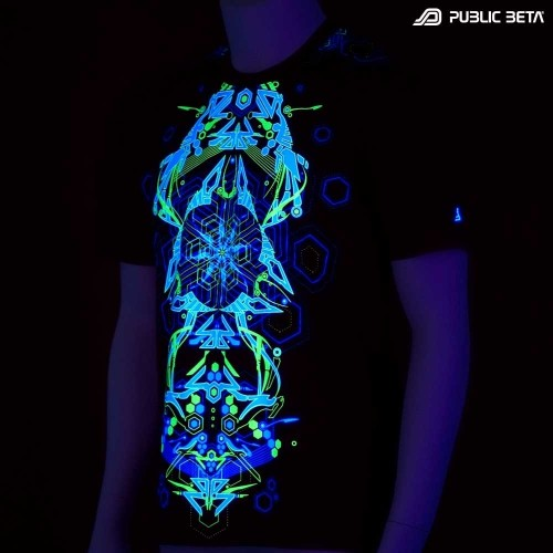 Totemo UV D25 - Psychedelic T-Shirt by Public Beta Wear